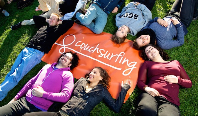 couchsurfing dating website